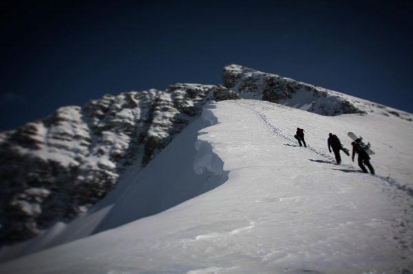 #lechamarlberg #lech #arlberg #stantonamarlberg #radairsnowboards #ortovoxfreerider #ortovox #canonphotography #canon #outdoorphotography #powderday #powder #snow ...