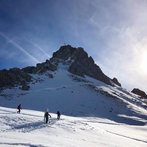 Impressionen meiner #skitour am Wochenende im #kleinwalsertal 🤩 . . #mega #geilezeit #outdoor ...