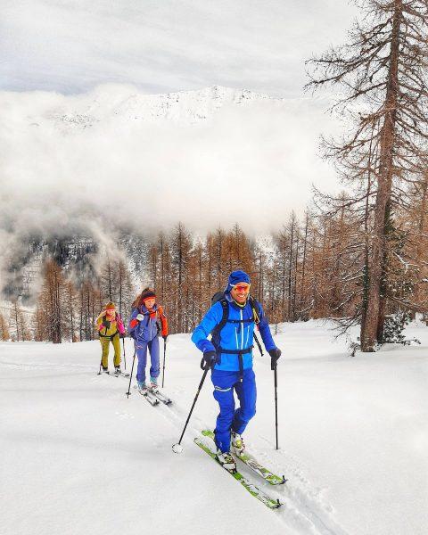 ACHTUNG GEWINNSPIEL: Pünktlich zum Wochenende ⚠️ Gewinne die Teilnahme am Skitouringcamp in Montafon ...