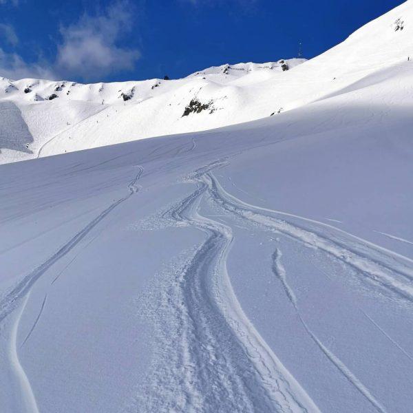 Schöner Tag im Montafon ✌️ . #silvrettamontafon #montafon #gaschurn #powder #bergliebe #powderday #skiing ...