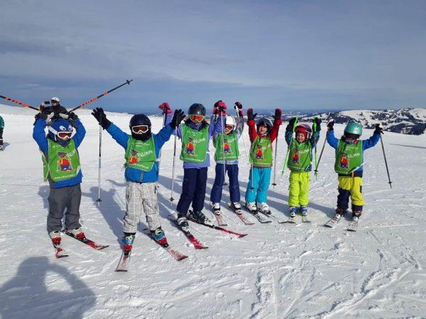 Heute hat sich die Sonne kurz gezeigt, dann macht der Skikurs gleich noch ...