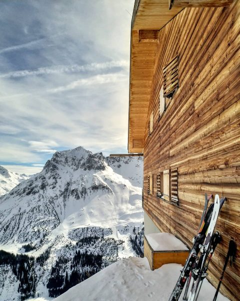 Woody #cabin #alps #austria #lech #apresski #wood #ski #architecture #view #mountains Lech Zürs am Arlberg