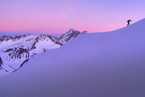 #skitour #brandnertal to #schesaplana #vorarlberg . . . #skimountaineering #agameoftones #tinypeopleinbigplaces #hellofrom #ourplanetdaily#beautifuldestinations#nakedplanet#earthscope#stayandwander#wondermore#discoverearth#roamtheplanet#moodygrams#earth_shotz#eclectic_shotz#the_folknature#theoutbound#earthoutdoors#nature_brilliance#worlderlust#exploreourearth #igersaustria Totalphütte