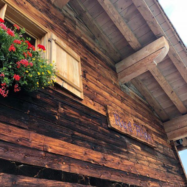 Die Rud-Alpe liegt Im Herzen des Wander- und Skigebietes in Lech! ❤️ Bereits ...