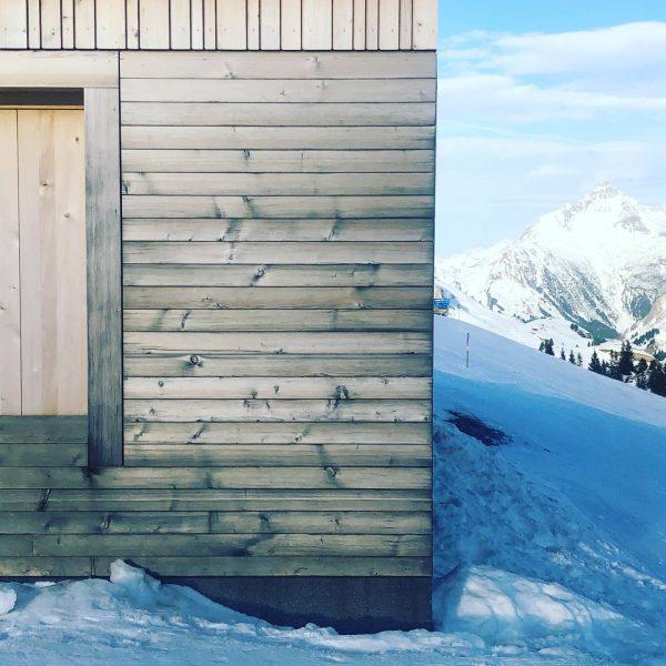Skihütte Wolf (Bernardo Bader Architekten, 2016). This building is sublime. My sincere apologies ...