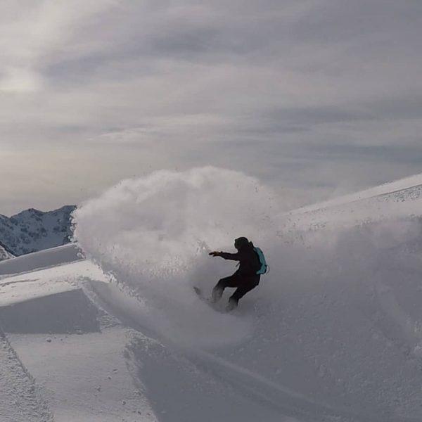 Screenshots can look pretty nice #snowboardingisfun #snowboarding #sandboxhelmets #deeluxeboots #diedamskopf #unionbindings #nfpd #buzzardbrigade ...