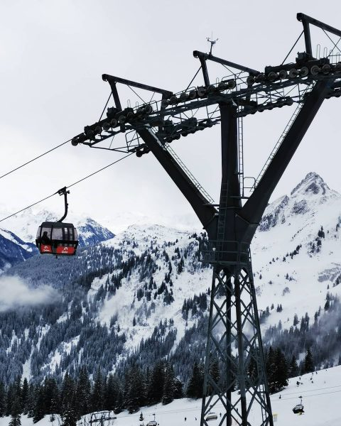 YOU CAN'T BUY HAPPINESS, BUT YOU CAN BUY A LIFT PASS #austria #erlebnisberggolmmontafon ...