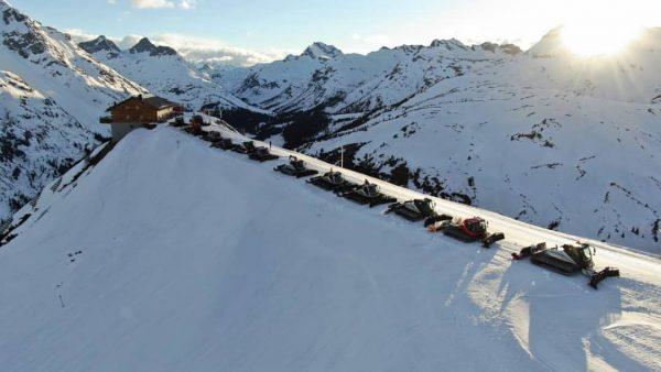 Wir wünschen Euch einen wunderschönen Abend! 😉⛷️☃️🍾 #lech #lechzuers #skiarlberg #kriegerhorn #schlegelkopf #schlegelkopfbahn ...