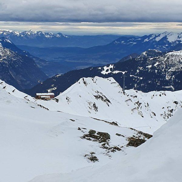 Blick vom #Grasjoch zur #Wormser_Hütte #Silbertal #Montafon #Österreich #Skifahrdn #Winter #Schnee #Landschaft