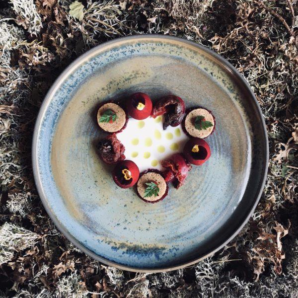 Aktuelle #speisekarte der #wintersalat #kopfsalat #sauerteig #roterübe #ziegenfrischkäse nur bei uns im #fuxbau_restaurant ...