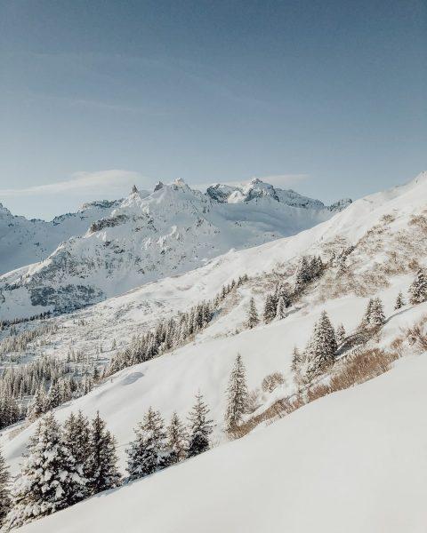 Drei Türme - no words needed. 😍 #wintermitwow __________ #dreitürme #golm #gauertal #winter ...