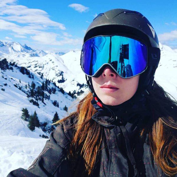 Testing my new snow goggles #snowboarding #voralberg #sunandsnow #happy #mountainhigh #mountains #snow #warthschröcken ...