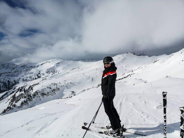 Skiliebe. #skifahren #skiing #ski #skiliebe #winter #schnee #schneeflocken #sonnenschein #damülsmellau #mellau #mellaudamüls #damüls ...