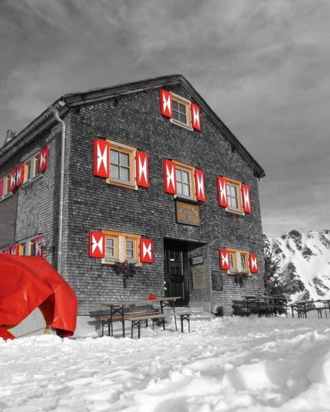 ⚠️ Wichtige Mitteilung: ⚠️ Auch unsere Alpenvereinshütten sowie deren Winterräume sind vom behördlichen ...