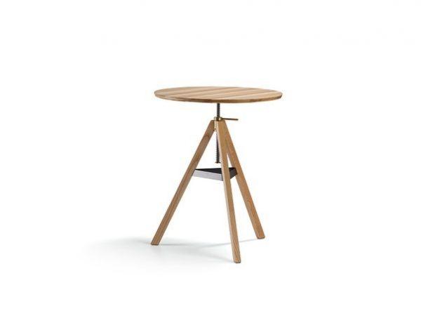 """Spindeltisch Jeder Tisch verlangt nach einem passenden Stuhl – hier war's """"umgedreht"""". Unser ..."""