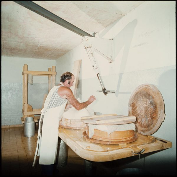 #throwbackthursday : #cheese dairy in 1979, Alpe Obere #myvorarlberg #knowyourdealer #local #bregenzerwald #käsestrassebregenzerwald ...