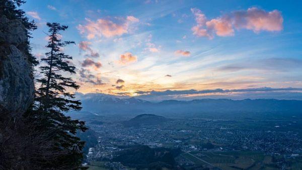 Damals... wo es noch erlaubt war Grenzen zu überschreiten...🙃 . #Archivbild ¦------------------------------------------¦ 🌍: #Austria 📷: @SonyAlpha #a7ii...
