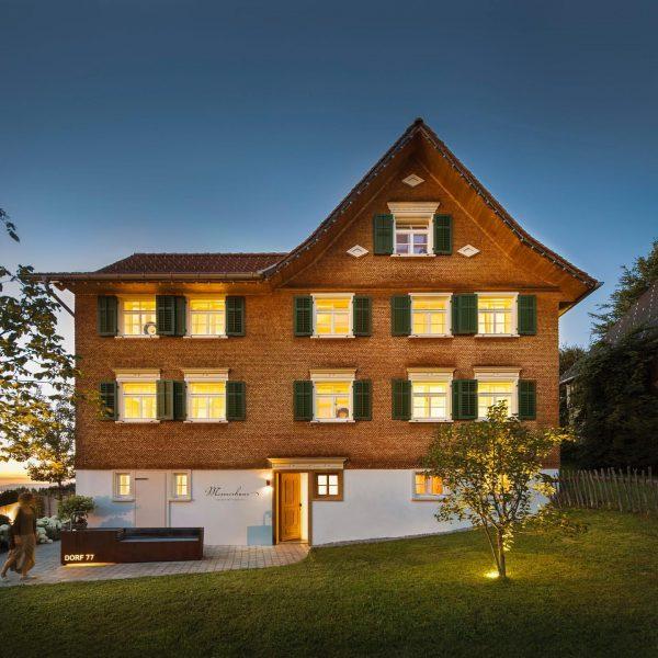 Mesmerhaus - Auszeit mit Aussicht #mesmerhaus #urlaubsapartments #bildstein #bodensee #vorarlberg #austria #lakeofconstance #ambiente ...