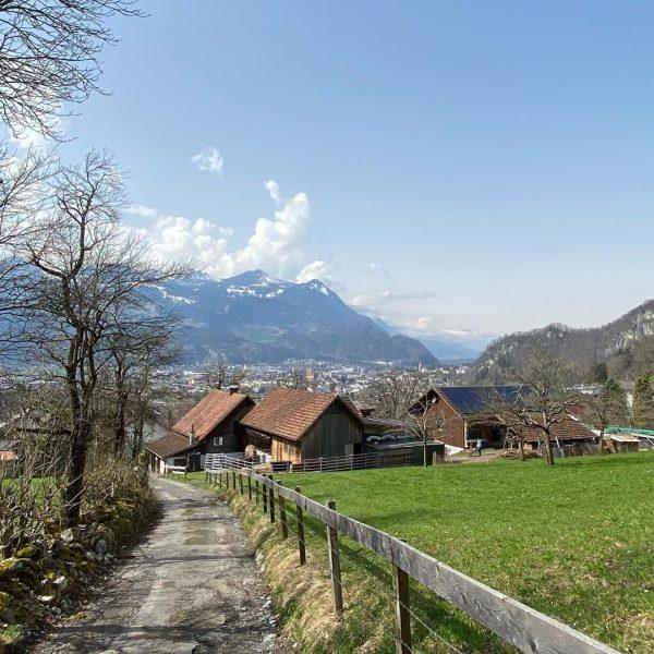 Unsere wunderbare Alpenstadt ... #krafttanken #frischeluft #nosociallife ... Bludenz