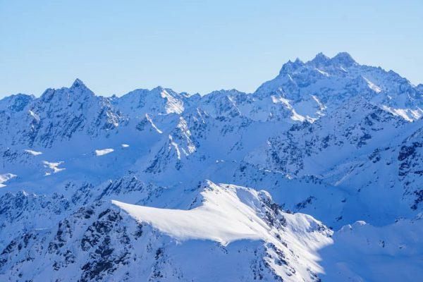 Atemberaubender Blick ins Silvrettagebirge . . . #mountains #montafon #photography #placetobe #home #snow ...