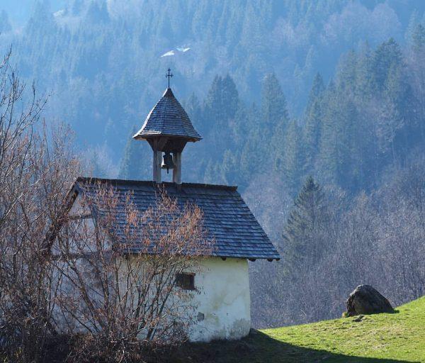 Bregenzerwald Mellau Mellental #nofilter #bregenzerwald #visitvorarlberg #visitbregenzerwald #mellau #vorarlberg #Frühling #kanisfluh #berge #hütte ...