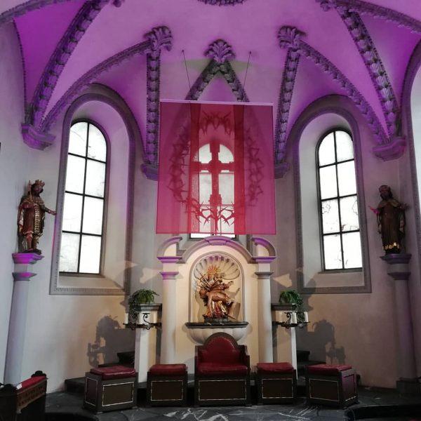 Die #Basilika #Rankweil ist als Ort der #Hoffnung geöffnet, auch wenn dort wie ...