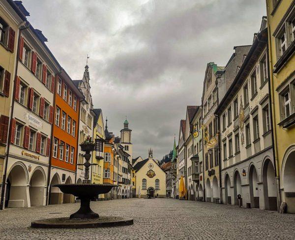 The world is like frozen... - #deadcity #citycenter #village #town #feldkirch #vorarlberg #Österreich ...