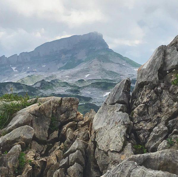 #gottesackerplateau #mountain #mountains #mountainview #nature #naturephotography #allgäu #allgäueralpen #oberallgäu #visitallgäu #allgäuliebe #sun #sunnyday ...