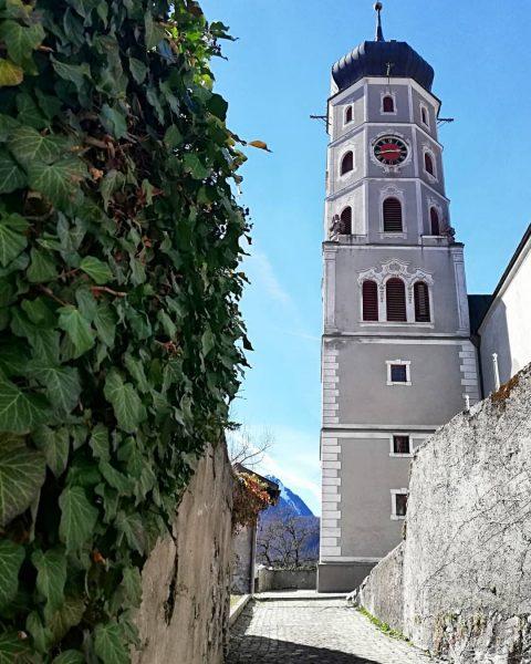 ⛪📸'19 #bludenz #vorarlberg #austria🇦🇹 #travelphotography #travelgram #photooftheday #streetphotography #historicalplace #church #kirsche #amateurphotography #amateurphotographer ...