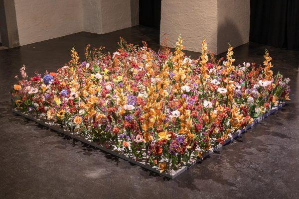 Die Arbeit von Julian Zehnder bringt den Klang einer Blumenwiese ins Künstlerhaus. Die ...