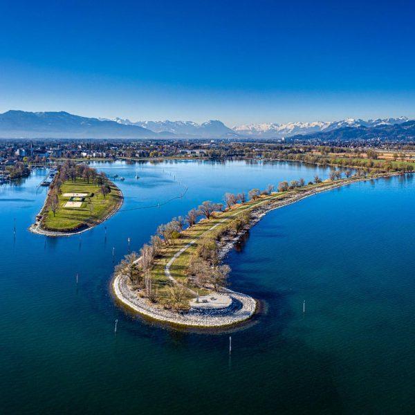 #lakeofconstance #fromabove #vorarlberg #austria #visitvorarlberg #bodensee #bodenseeliebe #drone #dronephotography #nature #landscapephotography #landscape #travel ...