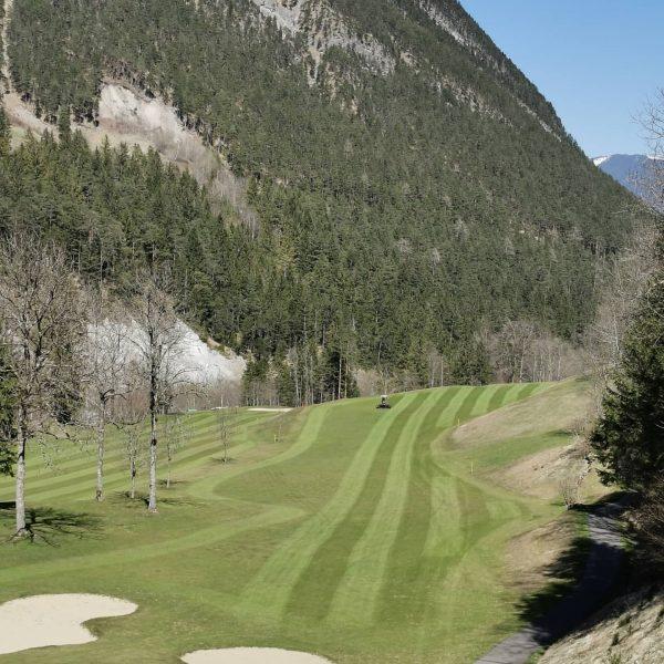 Es ist so schön. Kaiserwetter. Unglaublich. Alpin Golf Brand schickt Euch ☀ Grüße #green #sunnydays🌞 #golfclubbrand #whataday...