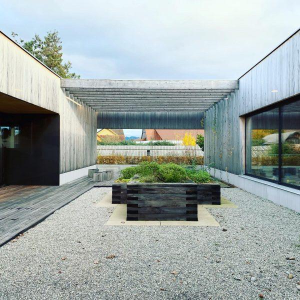 Volksschule Unterdorf in Höchst, Dietrich Untertrifaller Architekten, 2017 This is an outdoor classroom ...