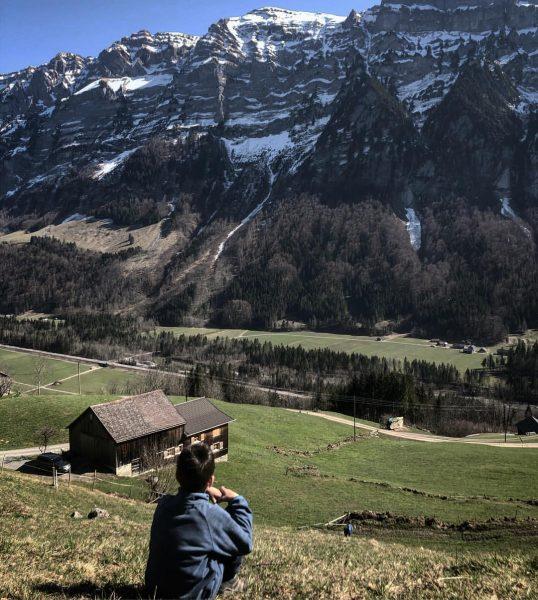 Blick nach vorne #ausblickgeniessen #ausblick #mountainlife #mountain #homeiswhereyoucanseethekanisfluh #kanisfluh #frischluft #bregenzerwald