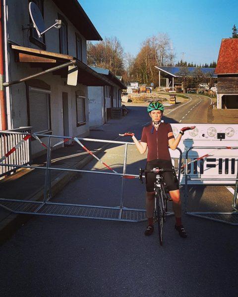 ×××××kein Entkommen××××× 《Bilder für die Ewigkeit》 09.04.2020 #cyclingday # #sun # #radeln # ...