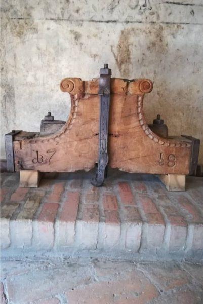 Dieses Glockenjoch der Domkirche St. Nikolaus Feldkirch hat schon vor Gründonnerstag seine Glocke verloren. Näheres heute Abend...