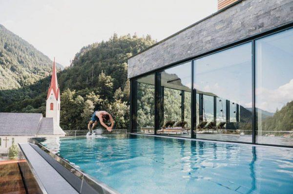 Keepin' cool in our pool. 😎 Im Sommer genießt ihr wieder the pool ...