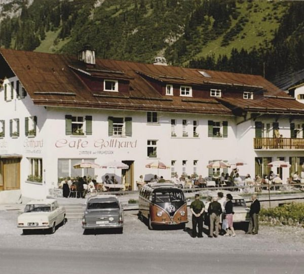 Look at the 1st cafe Gotthard. Built in 1931. this photo is around ...