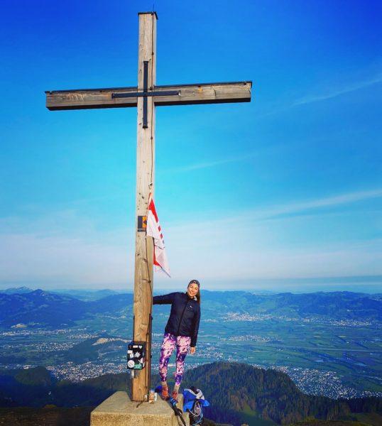 So stimmt man sich gerne auf den Sonntag ein ❤️ #earlybird #hiking #vorarlberg ...