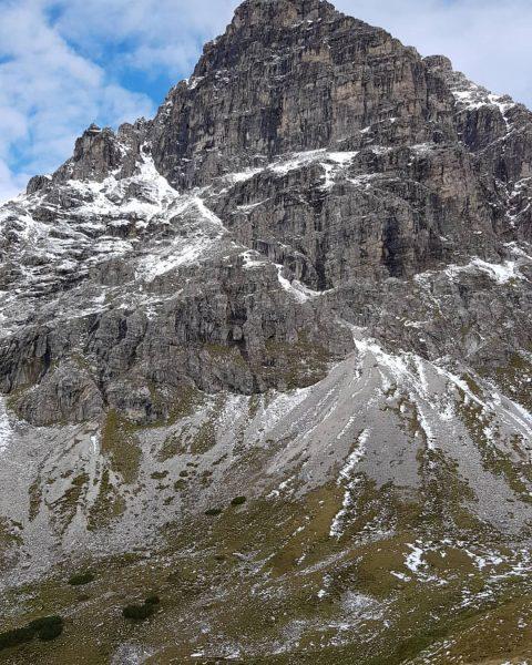 Der Große Widderstein . . . #großerwidderstein #bergwandern #sehnsuchtnachbergen #bergeerklimmen #meinziel #kleinwalsertal #wanderlust ...