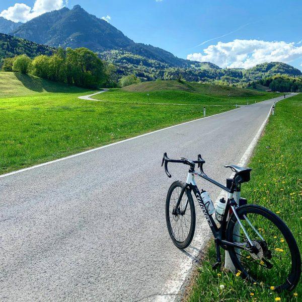 Exploring Nenzing 😜 . #rennrad #austria #vorarlberg #strava #stravacycling #wiliertriestina #panchowheels #outdoor #sport ...