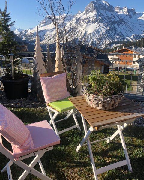 Guten Morgen aus Oberlech. #mohnenfluh #berge #lech #oberlech #frühling #sommer #freude #genießen