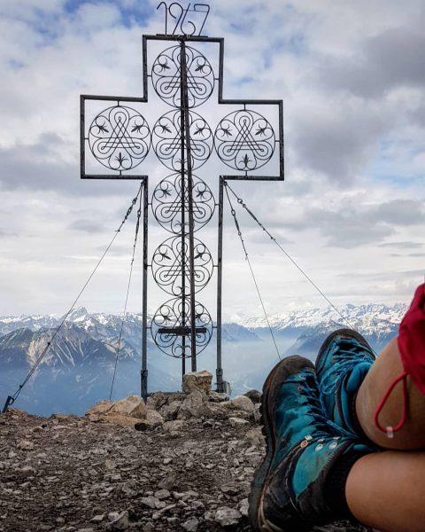 Selten ist man hier allein, herrlich 😊 . . #vorarlberg #brandnertal #mondspitze #berge ...