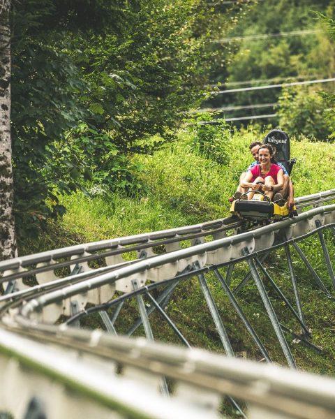 VORFREUDE ... auf die erste Coaster-Fahrt! 💨 🎢 Mit wem machst Du diesen ...
