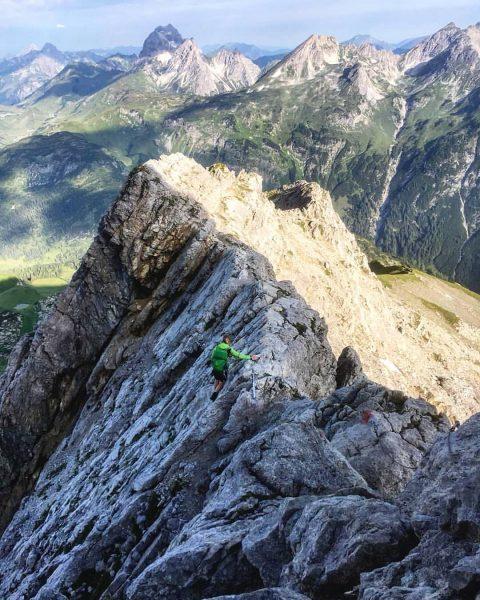 Throwback to a beautiful hike near Warth, Vorarlberg. Für die @bergwelten #photorookie2020 Challenge. ...