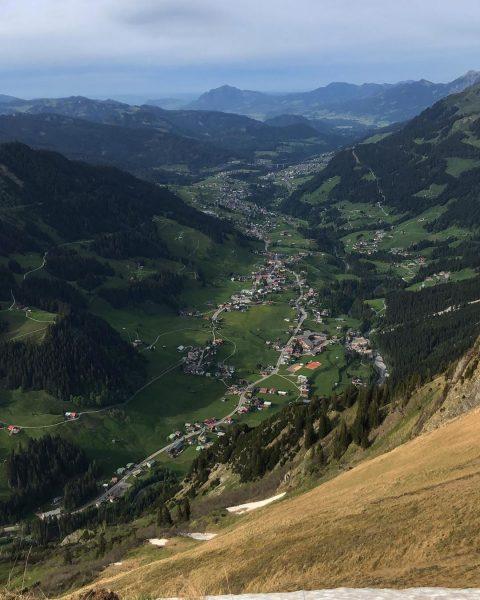 Heute Mal ein paar Einblicke von oben ins Tal! Auf dem Bärenkopf 🐻🏔 ...