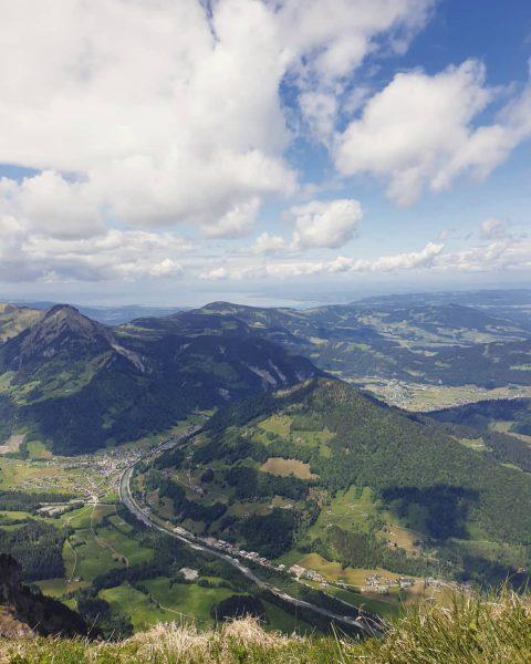 Ich kam. Ich sah. Die Berge und den See. #venividivorarlberg #visitvoralberg #visitfeldkirch #visitbregenzerwald ...