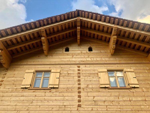 Wie sind ÜBERGLÜCKLICH!! Unser neues Berghaus Manuaf wird von Tag zu Tag 'fertiger' ...