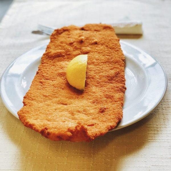 Wenn dir das Leben Zitronen gibt, dann leg sie auf dein Schnitzel! 🍋 ...