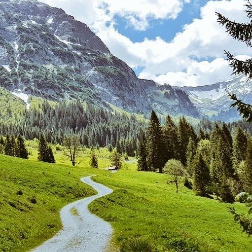 Bärgunttal #Kleinwalsertal #Österreich #Alpen #travel #rondwandeling #Mittelberg #Baad #today #Austria #Alps #Urlaub #Oostenrijk ...